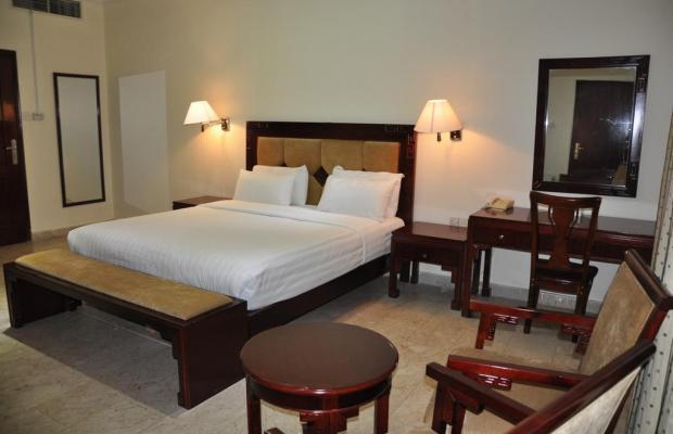 фотографии отеля Waves Resort изображение №19