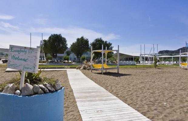 фото Beach Break (ex. Gregory Peck Apartments & Studios) изображение №2