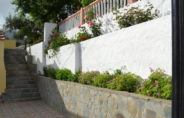 фото Karavos Apartments изображение №34