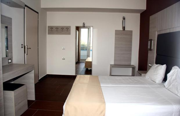фотографии отеля Karavos Apartments изображение №7