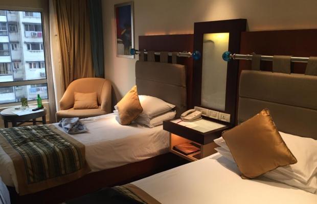 фото отеля Vivanta by Taj President изображение №5