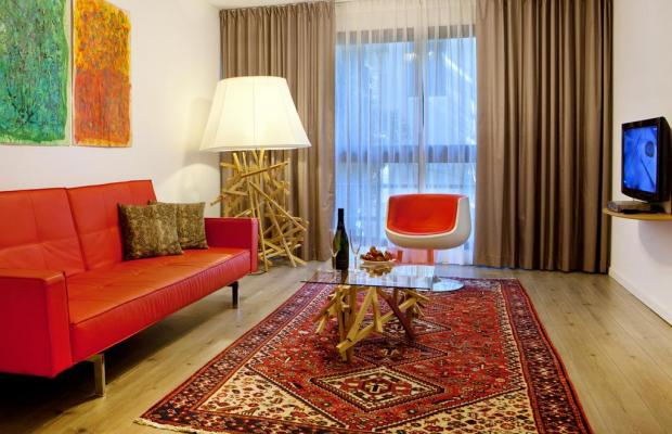 фото отеля The Diaghilev - Live Art Suites Hotel изображение №17