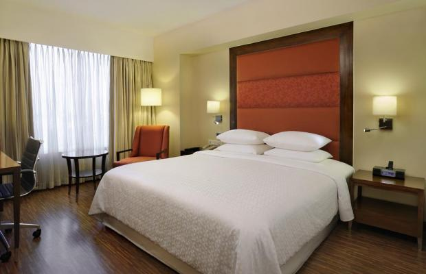 фото отеля Four Points by Sheraton Ahmedabad (ex. Royal Orchid Central) изображение №5