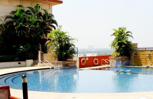 фото отеля Sheraton Grand Pune Bund Garden Hotel (ех. Le Meridien Pune) изображение №1