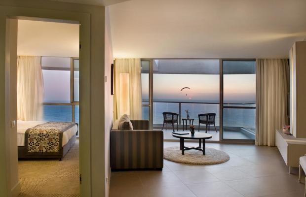 фотографии Ramada Hotel & Suites изображение №32