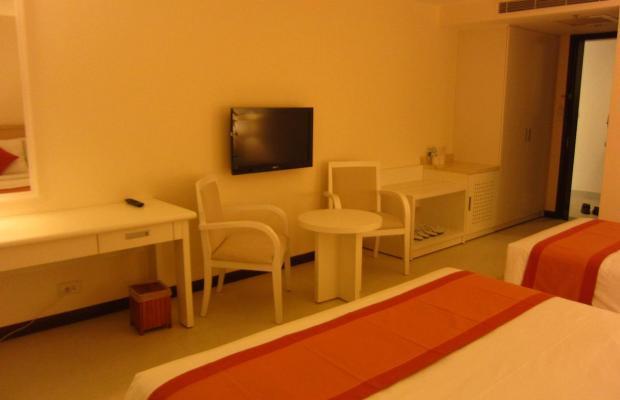 фото Nhi Phi Hotel изображение №30