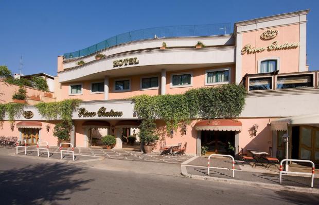 фото отеля River Chateau изображение №1