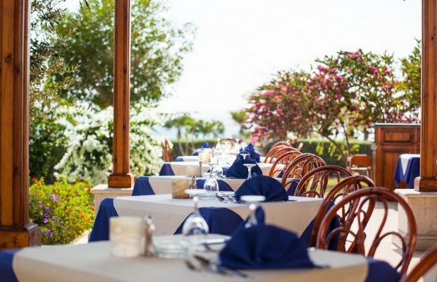 фотографии отеля Lahami Bay Beach Resort & Gardens изображение №3