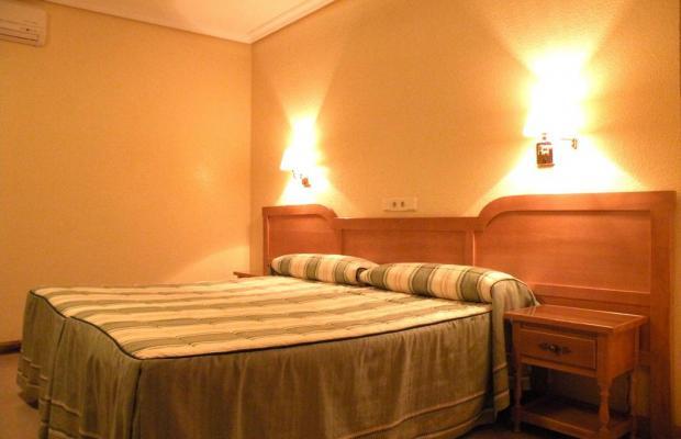 фотографии отеля Hostal Benamar изображение №3