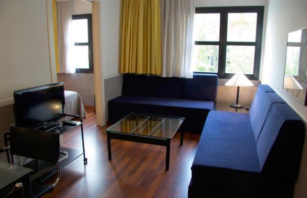 фото отеля Apartamentos Descartes изображение №9
