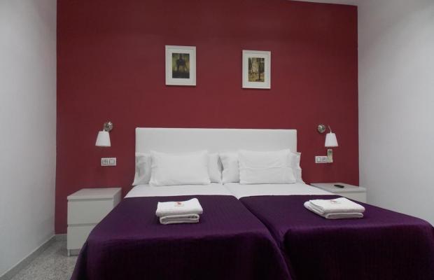 фотографии отеля Hostal Corbero изображение №7