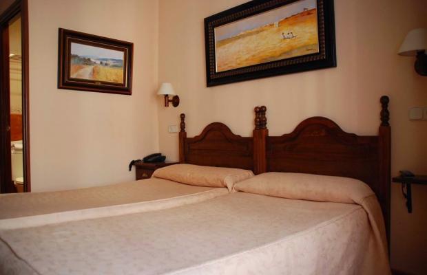 фото отеля Hostal Gran Duque изображение №9