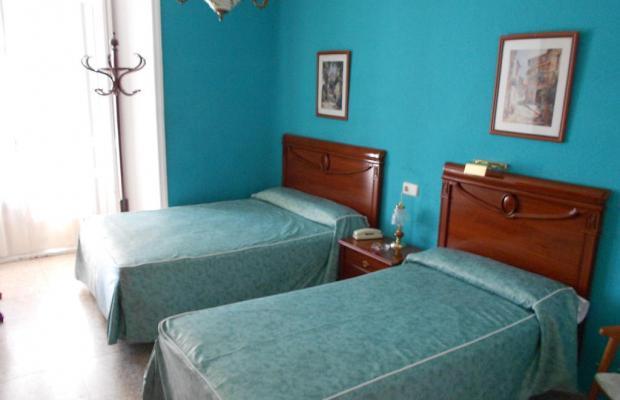 фото отеля Hostal Valencia изображение №9