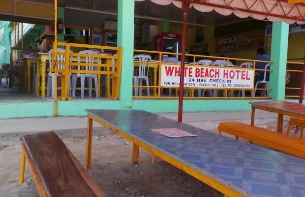 фото White Beach Hotel Bar and Restaurant изображение №18
