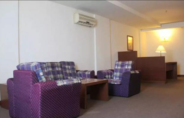 фото The Krystal Suites изображение №2