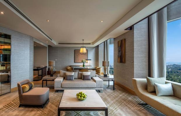фото Hilton Kuala Lumpur изображение №2