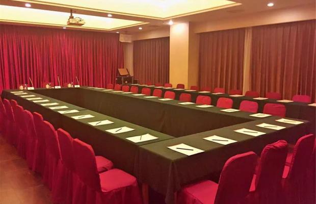 фото A.C. Art Museum Hotel (ех. A.C. Embassy) изображение №2