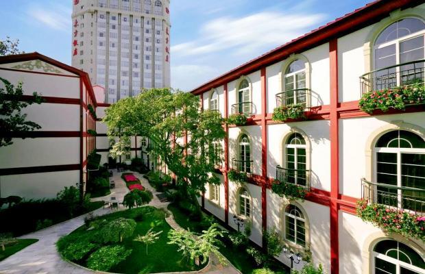 фото отеля Dong Fang Hotel Beijing изображение №1