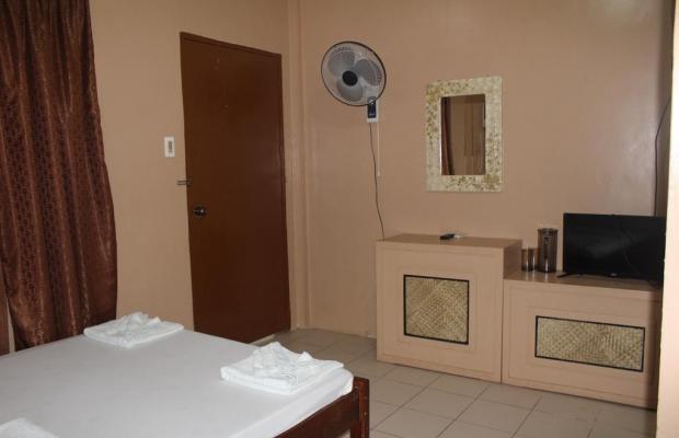 фотографии отеля Coron Village Lodge изображение №19