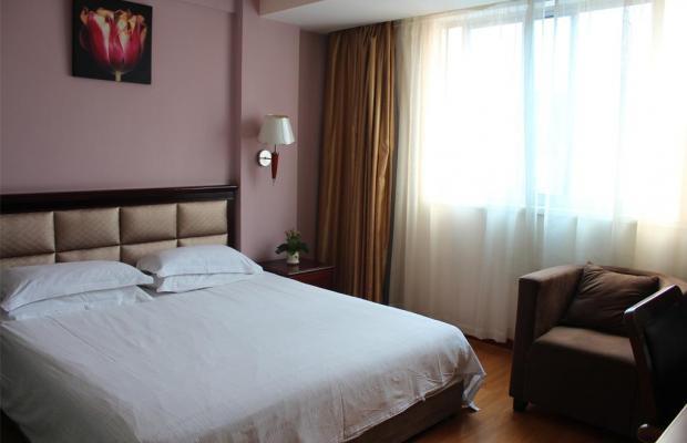 фото Yiting Four Season Hotel - Shanghai Dongfang Road Branch (ex. Yiting 6+e Hotel Shanghai Lujiazui) изображение №2