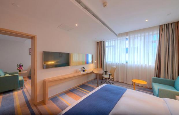 фотографии отеля Holiday Inn Express Shanghai Zhenping (ex. Shanghai Eastern Airline) изображение №19