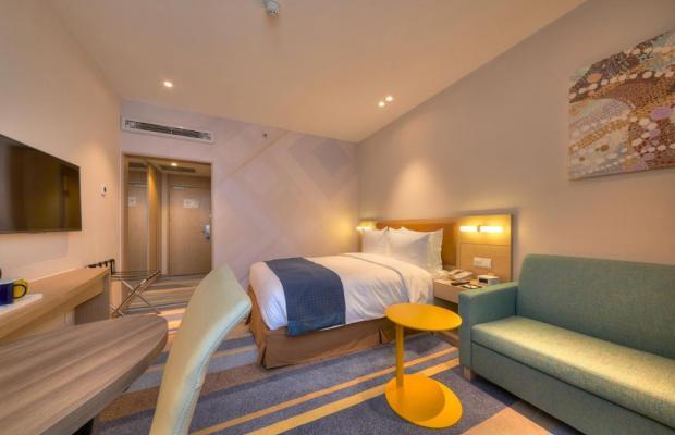 фотографии отеля Holiday Inn Express Shanghai Zhenping (ex. Shanghai Eastern Airline) изображение №3