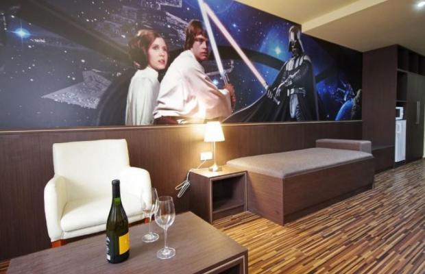 фотографии отеля Hotel Corvin изображение №3