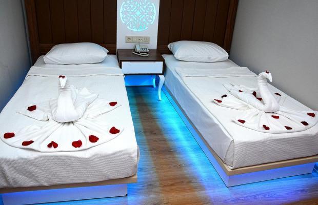 фотографии отеля Holiday Park Resort изображение №27