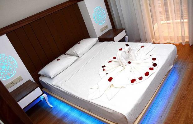 фотографии отеля Holiday Park Resort изображение №3
