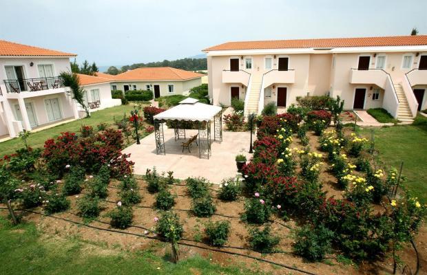 фотографии отеля Akamanthea Holiday Village изображение №3
