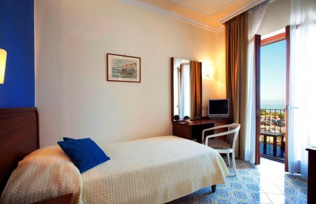 фотографии отеля Tirrenia изображение №27