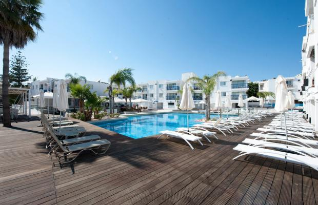 фото отеля Tsokkos Holiday Hotel Apartments изображение №1