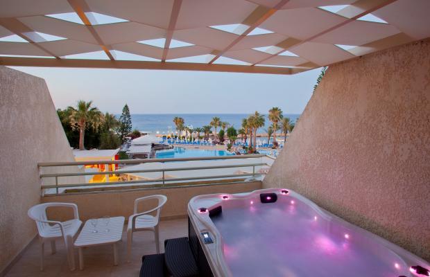 фотографии отеля Golden Coast Beach Hotel изображение №7