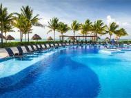 Blue Bay Grand Esmeralda, 5*